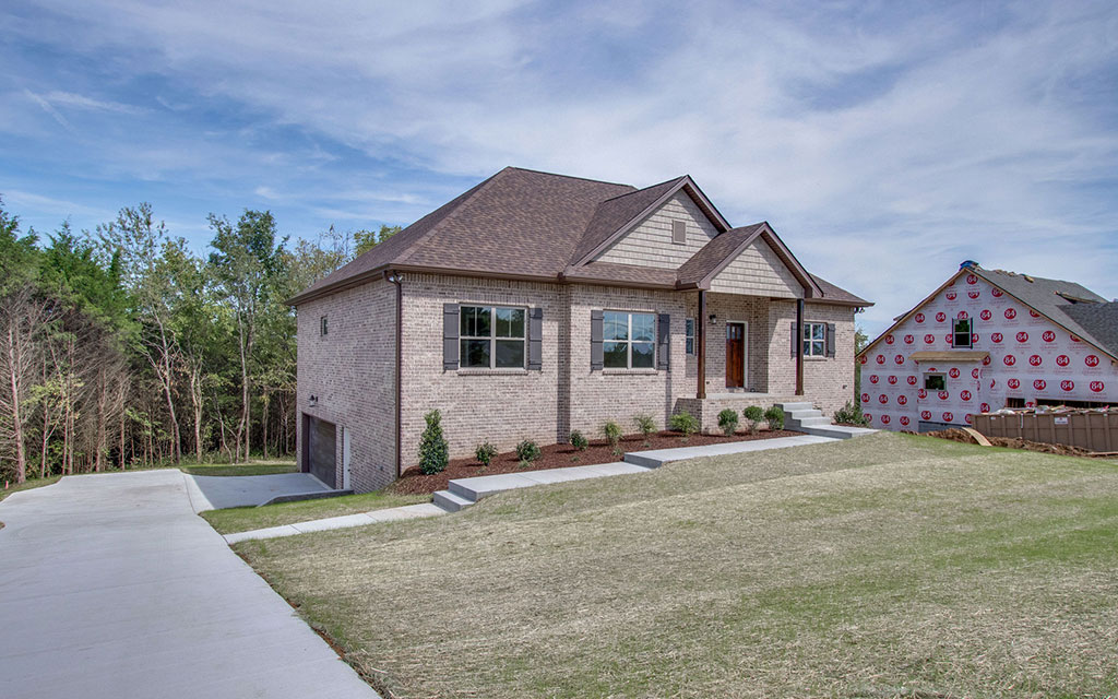 DB Construction Custom Built Homes: 1008 Thurman St, Mt. Juliet, TN